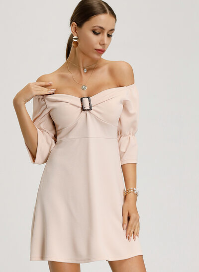 A-Formet Off-the-Shoulder Kort/Mini Polyester Cocktailkjole