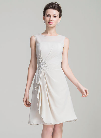 A-Line/Princess Scoop Neck Knee-Length Chiffon Mother of the Bride Dress With Beading Appliques Lace Sequins