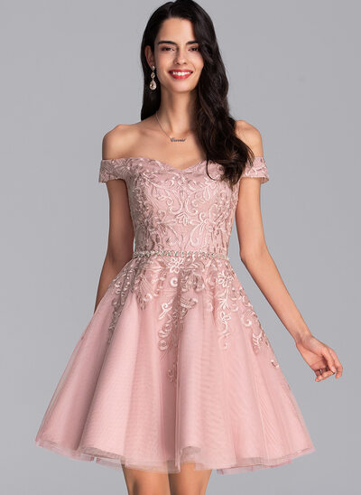 A-Line Off-the-Shoulder Short/Mini Tulle Homecoming Dress With Beading Sequins