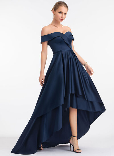 A-Line Off-shoulder Asymmetrisk Satin Aftenkjole