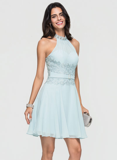 A-Line/Princess Scoop Neck Short/Mini Chiffon Homecoming Dress With Lace Beading