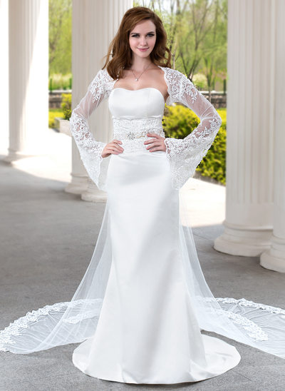 Trumpet/Mermaid Sweetheart Watteau Train Satin Wedding Dress With Lace Beading