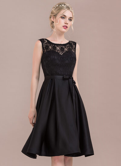 A-Line/Princess Scoop Neck Knee-Length Satin Lace Bridesmaid Dress With Bow(s)