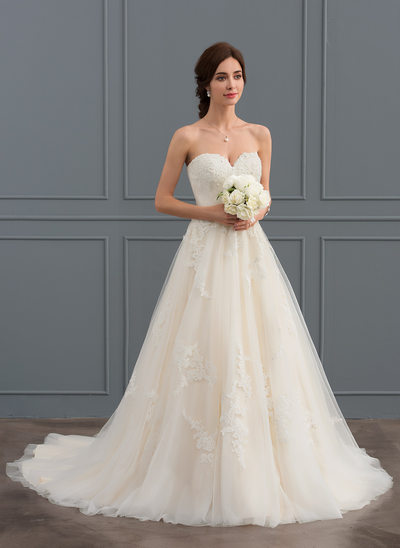 Ball-Gown Sweetheart Court Train Tulle Wedding Dress With Ruffle Beading