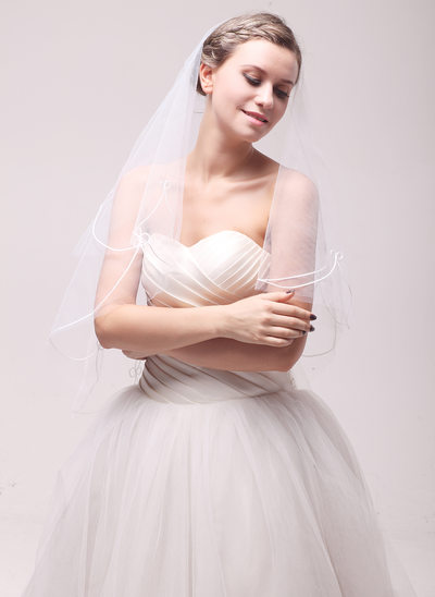One-tier Cut Edge Fingertip Bridal Veils With Embroidery