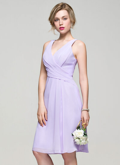 A-Line/Princess V-neck Knee-Length Chiffon Bridesmaid Dress With Ruffle