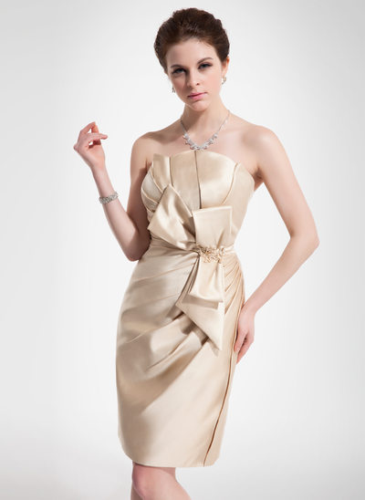 Sheath/Column Scalloped Neck Knee-Length Satin Cocktail Dress With Ruffle Beading Appliques Lace Bow(s)