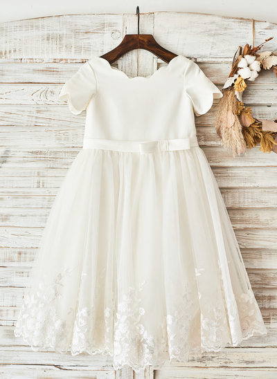 Princesový Po kolena Flower Girl Dress - Satén Krátké rukávy Scoop Neck S Luk