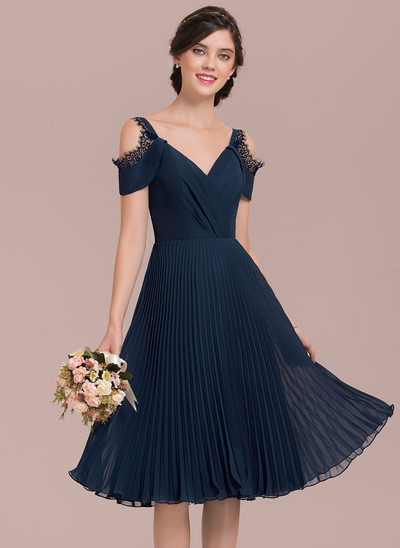 A-Line/Princess V-neck Knee-Length Chiffon Bridesmaid Dress With Lace Pleated