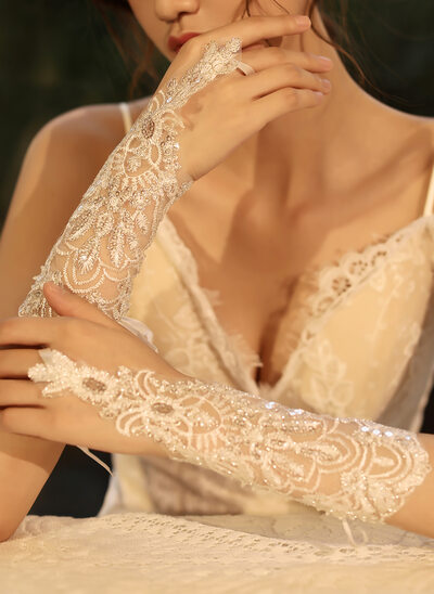Tulle/Lace Elbow Length Bridal Gloves With Sequins