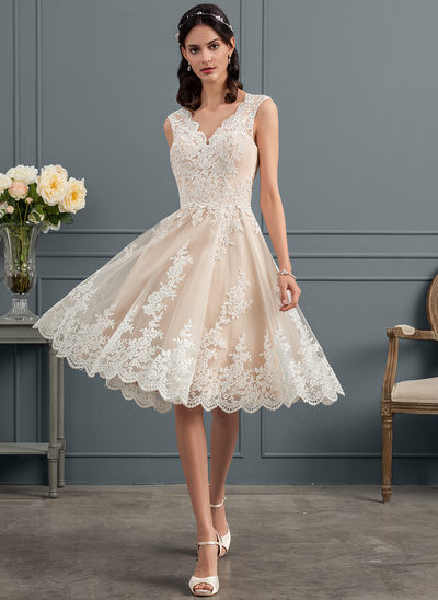 A-Line V-neck Knee-Length Tulle Lace Wedding Dress