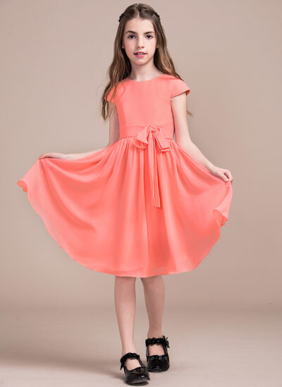 A-Line/Princess Scoop Neck Knee-Length Chiffon Junior Bridesmaid Dress With Bow(s)