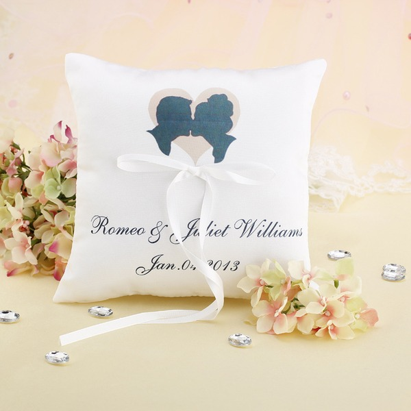 Elegant/Classic/Personalized Satin Ring Pillow With Ribbons
