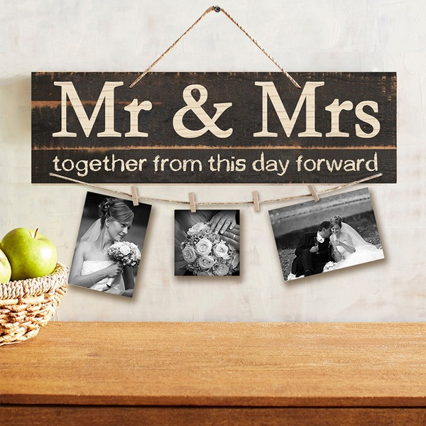 "Simple/Classic/""Mr. & Mrs."" Nice/Attractive Wooden Wedding Sign (Sold in a single piece)"