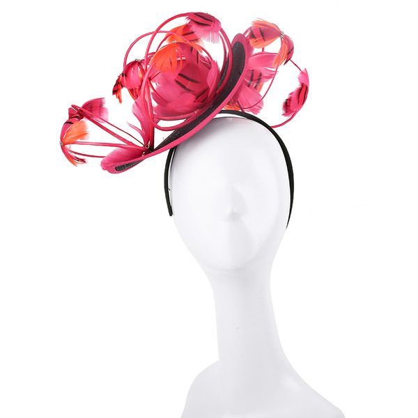 Dames Simple/Gentil/Jolie Batiste/Feather avec Feather/Une fleur Chapeaux de type fascinator/Kentucky Derby Des Chapeaux/Chapeaux Tea Party