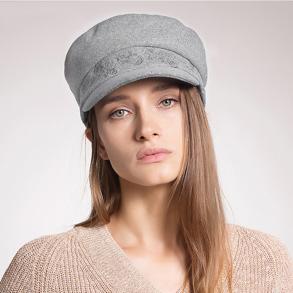 Dames Simple/Gentil Polyester Chapeau melon / Chapeau cloche