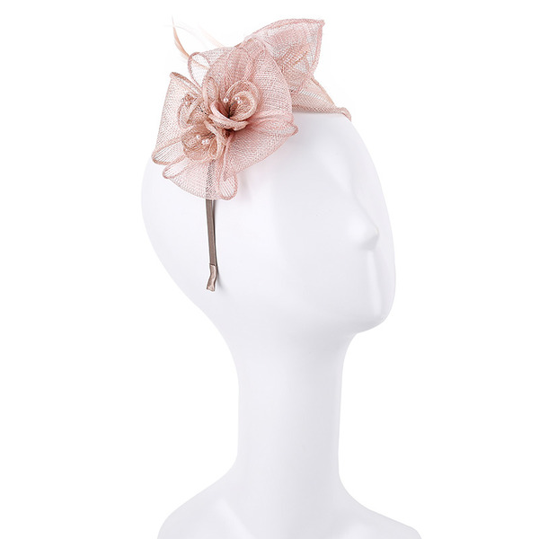 Damene ' Enkel/Fin/Pen Cambric Fascinators