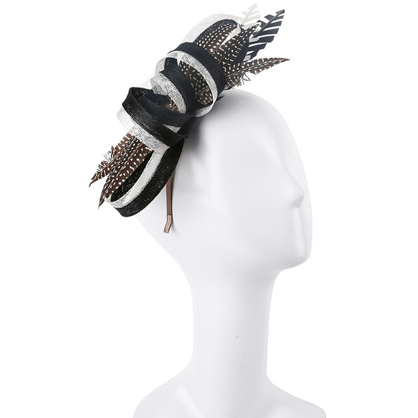 Dames Simple/Gentil/Jolie Batiste/Feather avec Feather Chapeaux de type fascinator