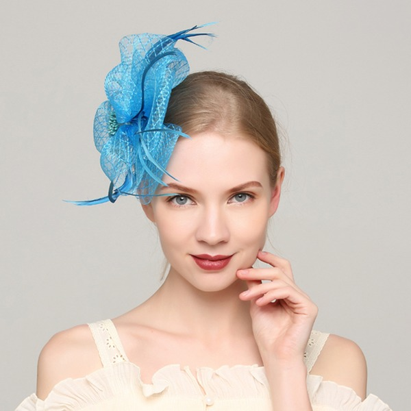 Dames Glamour Batiste/Feather avec Feather Chapeaux de type fascinator