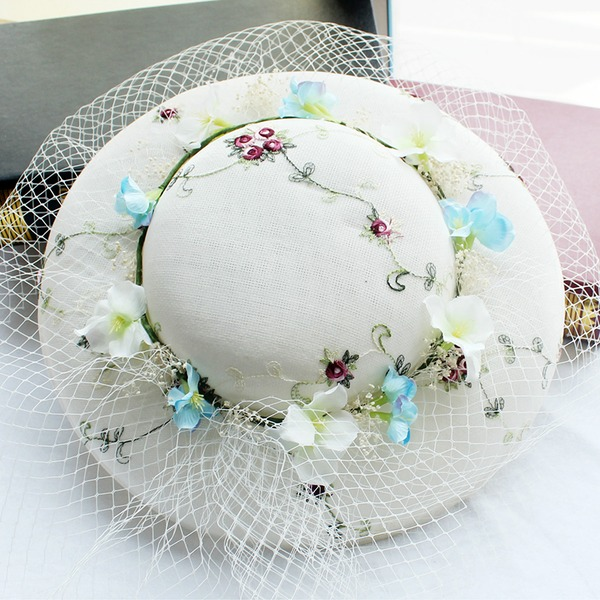 Damene ' Netto Garn Fascinators