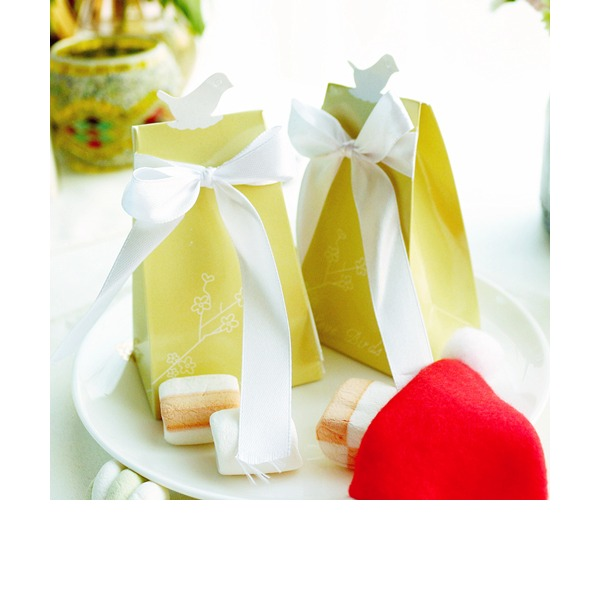 Creative/Lovely/Simple/Elegant Other Card Paper Favor Boxes (Set of 12)
