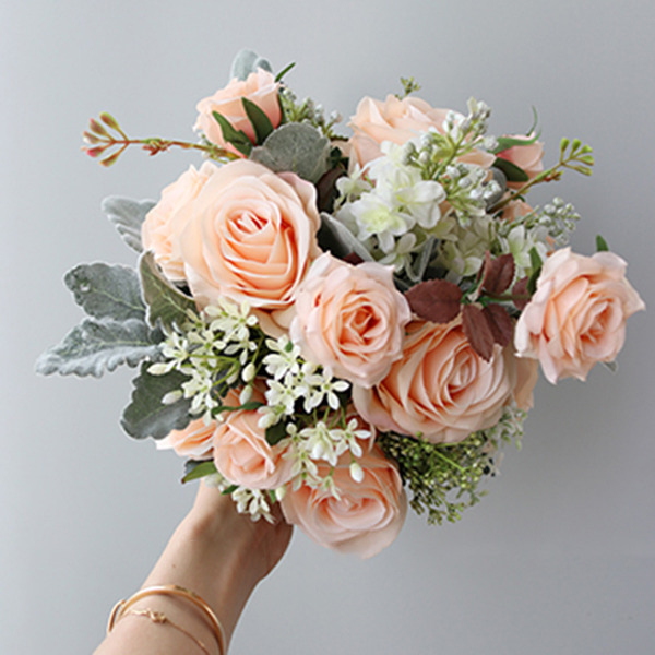 Gorgeous Round Silk Flower Bridal Bouquets -