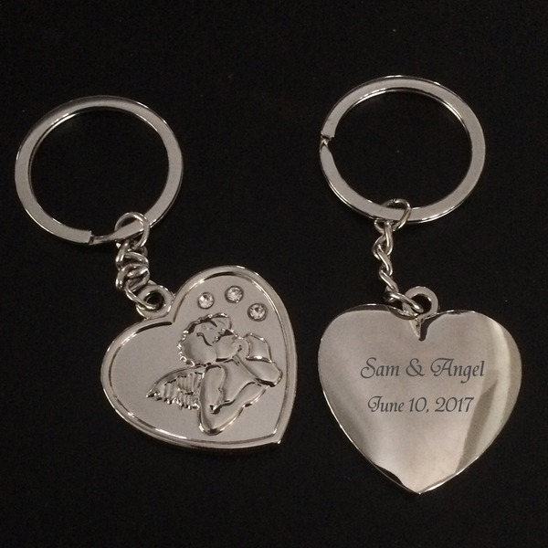 Personalized Heart Shaped Stainless Steel/Zinc Alloy Keychains (Set of 4)
