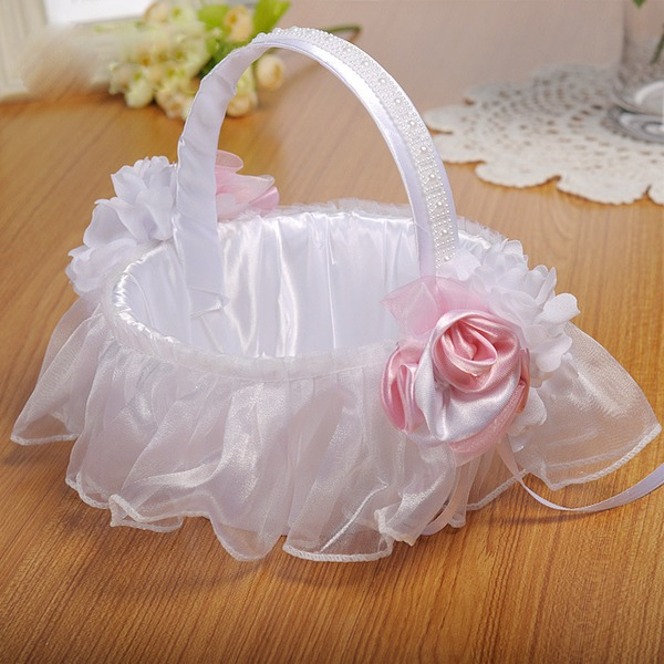 Elegant Flower Basket in Cloth With Lace/Flower