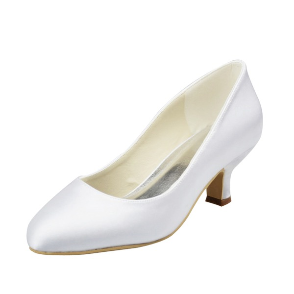 Vrouwen Satijn Low Heel Closed Toe Pumps