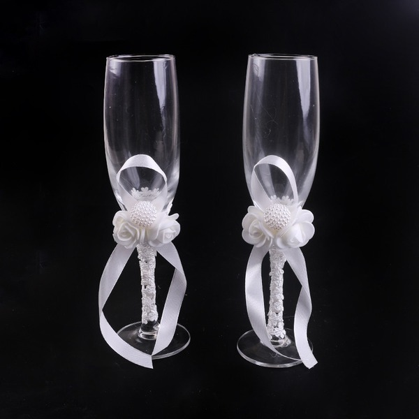 Elegant Toasting Flutes With Flowers (Set Of 2)