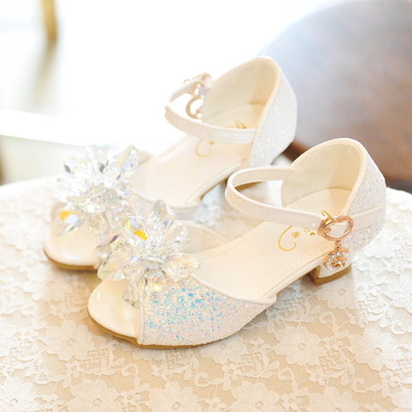 Jentas Titte Tå Leather lav Heel Sandaler Flower Girl Shoes med Bowknot Spenne