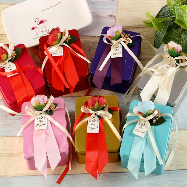Vintage Style Creative Gifts (Set of 6)