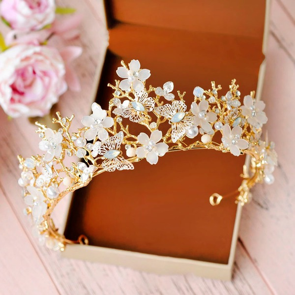Ladies Exquisite Crystal/Rhinestone/Alloy/Imitation Pearls Tiaras With Rhinestone/Venetian Pearl
