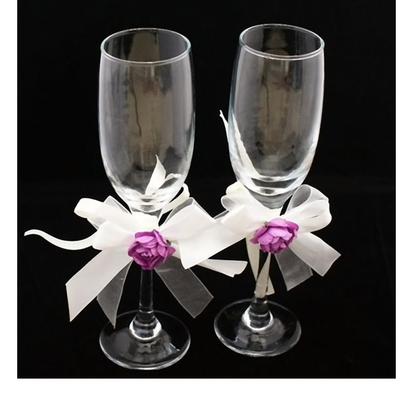 Simple Design Lead-free Glass Toasting Flutes (Set Of 2)